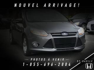 Used 2012 Ford Focus SE + CRUISE + A/C + GR ÉLECTRIQUE + BLUE for sale in St-Basile-le-Grand, QC
