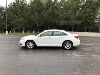 Used 2014 Chrysler 200 Touring FWD for sale in Cayuga, ON