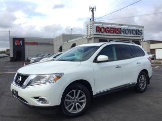 Used 2016 Nissan Pathfinder SL 4WD - NAVI - PANO ROOF - 7 PASS - 360 CAMERA for sale in Oakville, ON