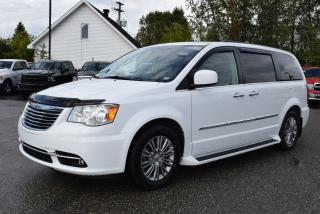 Used 2016 Chrysler Town & Country Touring-L+7 for sale in Sherbrooke, QC