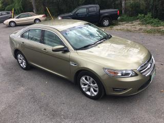 Used 2012 Ford Taurus SEL for sale in Perth, ON