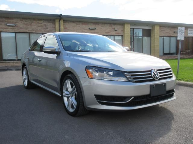 2013 Volkswagen Passat COMFORTLINE/LEATHER SEATS/SUNROOF/BLUE TOOTH