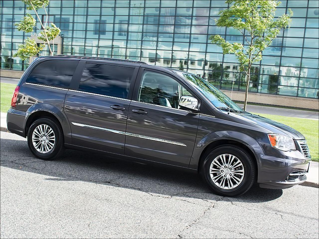 2015 Chrysler Town & Country LTD|LEATHER|NAVI|REARCAM|DUAL DVD/BLUE-RAY