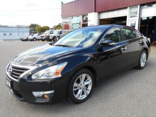 Used 2014 Nissan Altima 2.5 SL/NAV/LEATHER/ROOF for sale in Guelph, ON