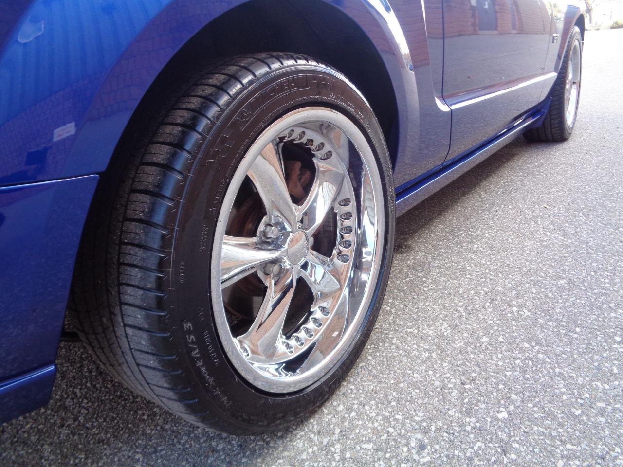 2005 Ford Mustang GT - MANUAL - FOOSE WHEELS - ROUSH SHIFTER