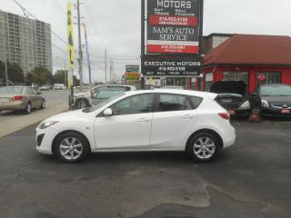 Used 2010 Mazda MAZDA3 GS/ ALLOYS/ SUNROOF/ NEW BRAKES / PWR GROUP / for sale in Scarborough, ON