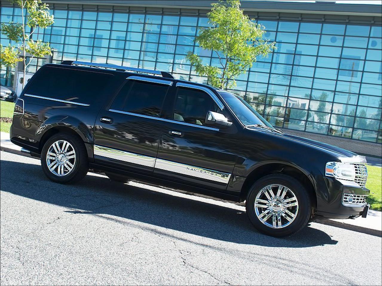 Photo of Black 2010 Lincoln Navigator