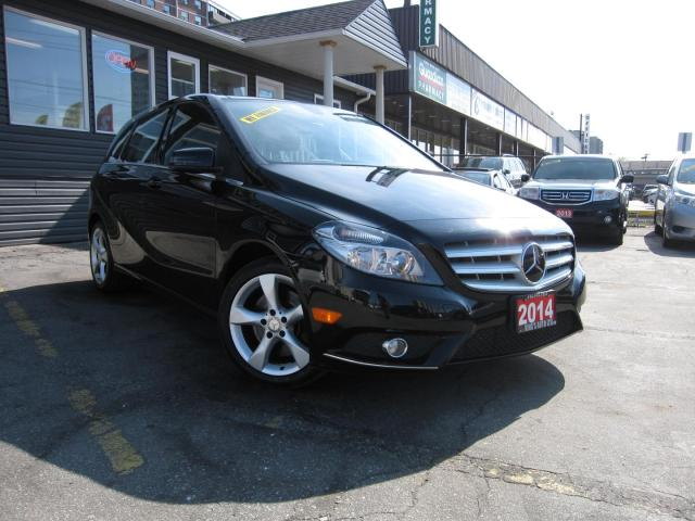 2014 Mercedes-Benz B-Class B250 PRICED TO BRING YOU THE BEST VALUE!! SUNROOF, BACK UP CAMERA, Heated Seats, Leather Seats, Rain Sensing Wipers, Automatic Headlights, Proximity Key, Keyless Entry,