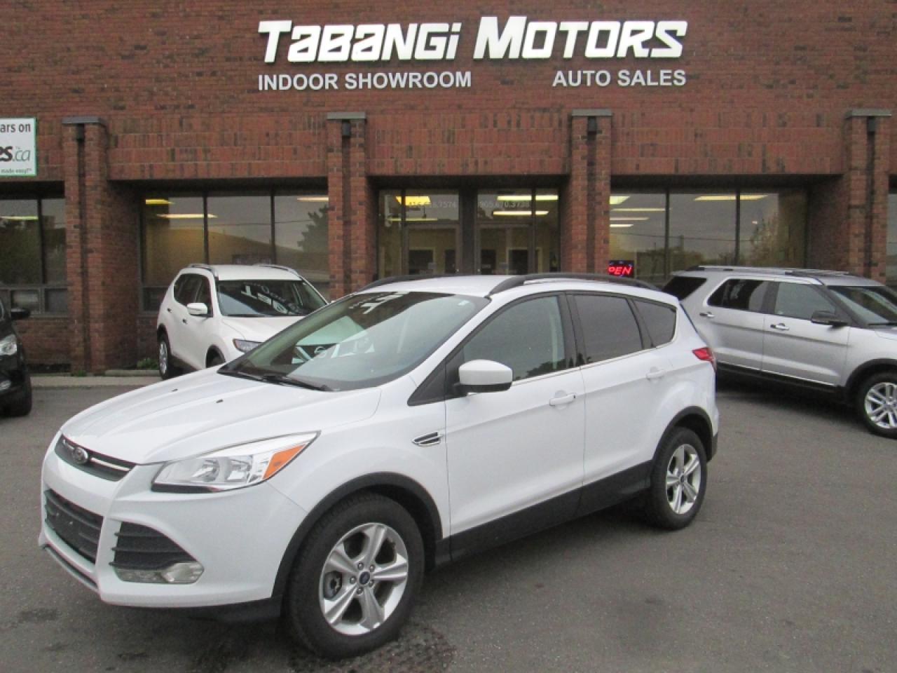 2015 Ford Escape NO ACCIDENTS   AWD   BIG SCREEN   HEATED SEATS   CAMERA