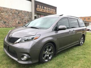 Used 2016 Toyota Sienna SE. Navigation, Rear View Camera, TV-DVD. for sale in North York, ON