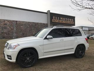 Used 2012 Mercedes-Benz GLK-Class 350 4MATIC. Navigation, Parking Sensors. for sale in North York, ON