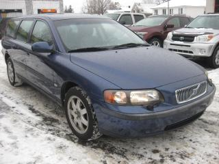 Used 2002 Volvo V70 2.4L 5cyl AWD AC Sunroof Htd Leather for sale in Ottawa, ON