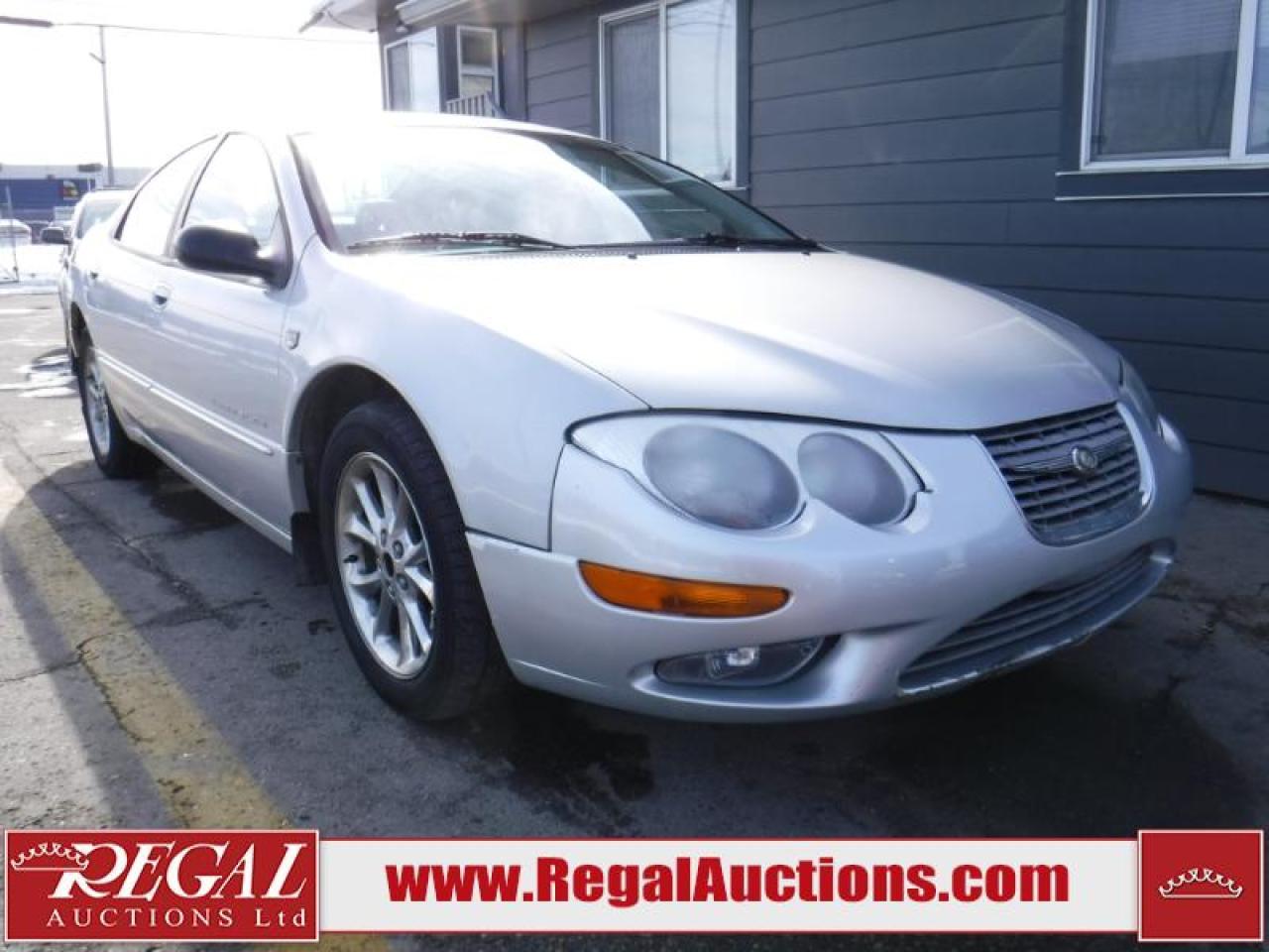 Photo of Silver 2000 Chrysler 300M