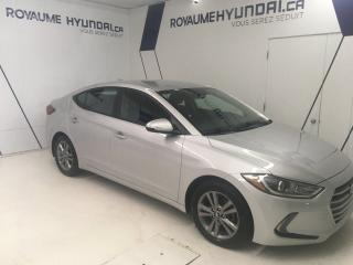 Used 2017 Hyundai Elantra Gl / Mags / Sièges for sale in Chicoutimi, QC