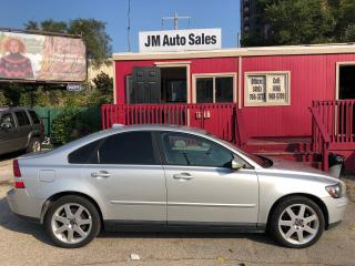 Used 2005 Volvo S40 2.4L for sale in Toronto, ON