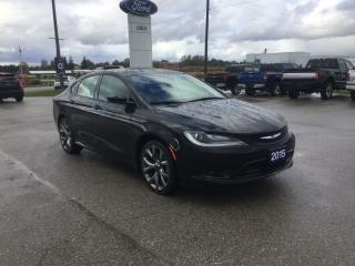 Used 2015 Chrysler 200 S | One Owner | Navigation | Remote Start for sale in Harriston, ON