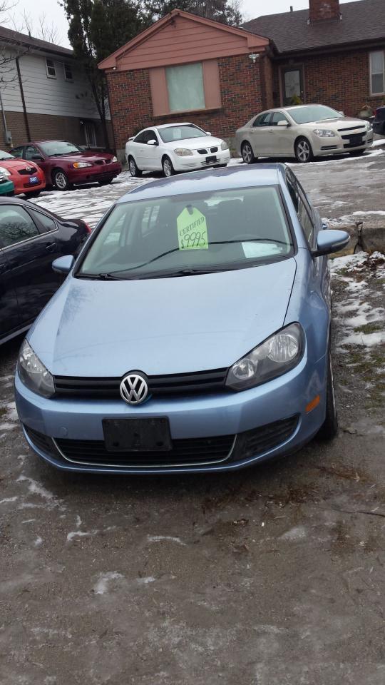 Photo of Blue 2012 Volkswagen Golf
