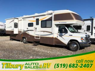 Used 2008 Fleetwood Jamboree Class C Dinette. Comfortable. for sale in Tilbury, ON