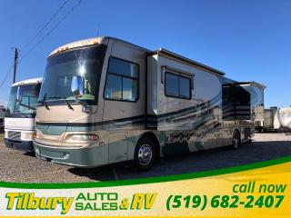Used 2006 Monaco Camelot 40PAQ Class A Motorhome for sale in Tilbury, ON