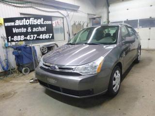 Used 2009 Ford Focus S for sale in St-Raymond, QC