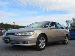 Used 2001 Lexus ES 300 FULLY LOADED / ACCIDENT FREE for sale in Newmarket, ON