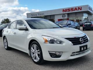 Used 2014 Nissan Altima 3.5 SL w/all leather,NAV,climate control,power moonroof,heated seats,rear cam for sale in Cambridge, ON