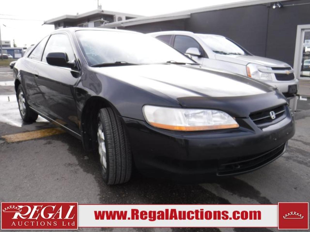 Photo of Black 2000 Honda Accord