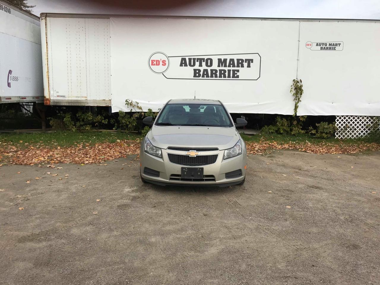 Photo of Grey 2014 Chevrolet Cruze