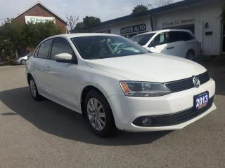 Used 2013 Volkswagen Jetta COMFORTLINE W/ ROOF for sale in Waterdown, ON
