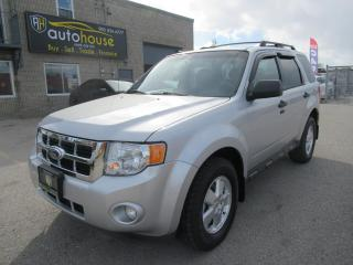 Used 2012 Ford Escape 4WD 4dr XLT for sale in Newmarket, ON