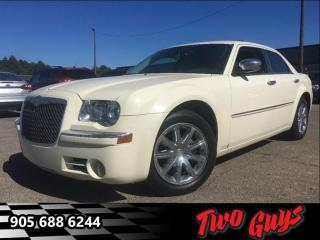 Used 2010 Chrysler 300 Limited   Sunroof - Heated Leather Seats for sale in St Catharines, ON
