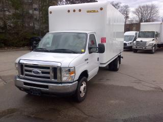 Used 2016 Ford E450 16' gas cube with ramp for sale in Kitchener, ON