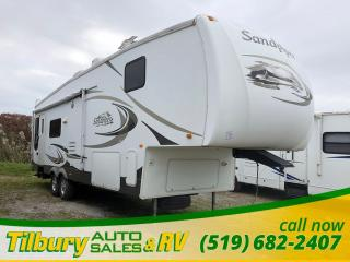 Used 2008 Forest River Sandpiper 305RLW FREE EF1000IS GENERATOR! for sale in Tilbury, ON