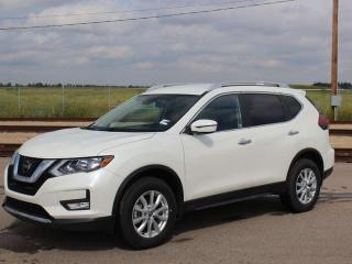 Used 2019 Nissan Rogue SV / AWD / HEATED SEATS / PUSH BUTTON START for sale in Edmonton, AB
