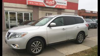 Used 2014 Nissan Pathfinder 4WD,7 SEATER,CLEAN CARPROOF,ONE OWNER,HEATED SEATS for sale in North York, ON