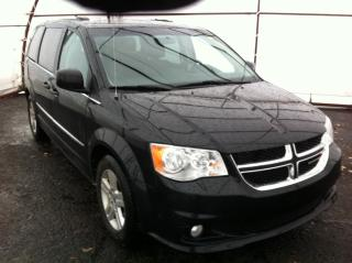 Used 2017 Dodge Grand Caravan Crew LEATHER HEATED SEATING, POWER DOOR GROUP, REVERSE CAMERA, REAR CLIMATE CONTROLS for sale in Ottawa, ON