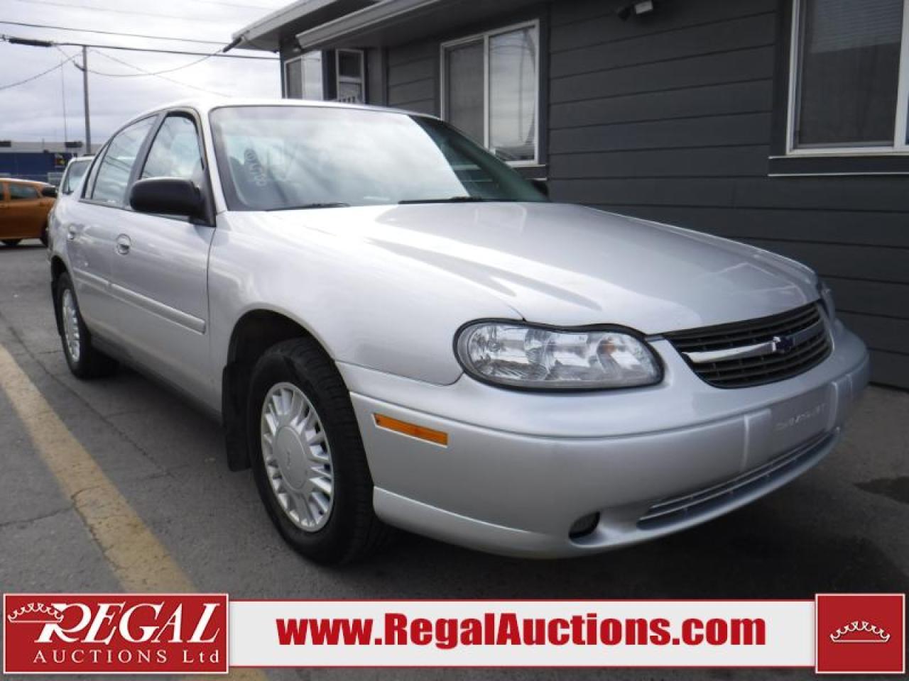 Photo of Silver 2001 Chevrolet Malibu