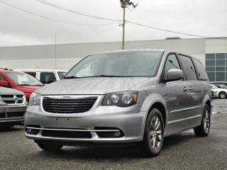 Used 2016 Chrysler Town & Country S *DVD*PORTES ÉLEC* for sale in Brossard, QC