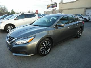 Used 2017 Nissan Altima 2.5SV-ToitOuv-DemDist-BT-Cam a vendre for sale in Laval, QC