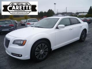 Used 2013 Chrysler 300 S Awd Cuir-Toit-Gps for sale in East broughton, QC