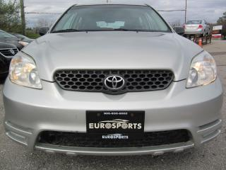 Used 2003 Toyota Matrix for sale in Newmarket, ON