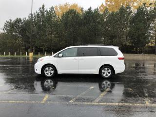 Used 2017 Toyota Sienna LE FWD for sale in Cayuga, ON