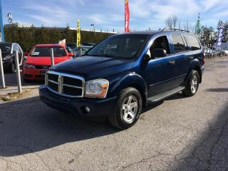 Used 2004 Dodge Durango SLT 4WD for sale in Newmarket, ON