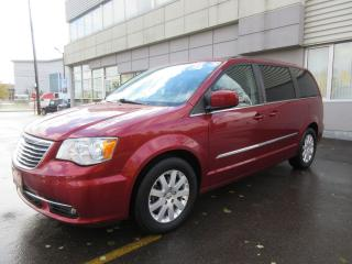 Used 2013 Chrysler Town & Country TOURING for sale in Mississauga, ON