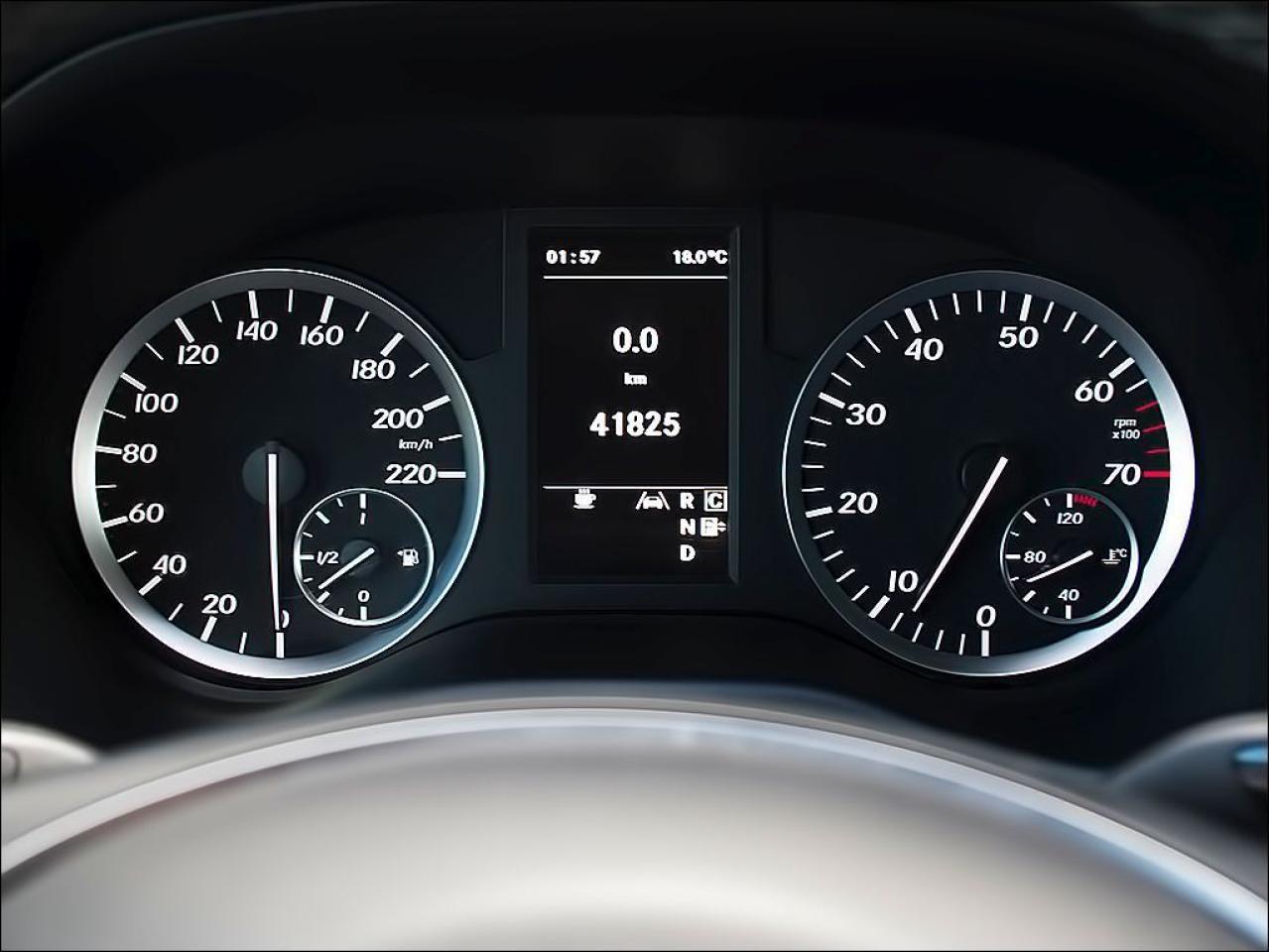 2016 Mercedes-Benz Metris NAVI DUAL DVD REARCAM LTHR ALLOYS