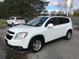 Photo of White 2012 Chevrolet Orlando