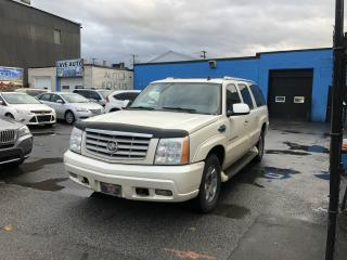 Used 2006 Cadillac Escalade ESV PLATINUM 4X4 AUTO,7 PLACES,CUIR,NAVI for sale in Montréal, QC