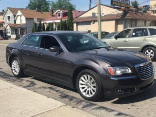 Used 2014 Chrysler 300 4dr Sdn Touring RWD for sale in Scarborough, ON
