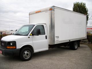 Used 2015 GMC Savana 3500 16' Cube Van for sale in Stratford, ON