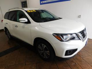 Used 2018 Nissan Pathfinder SV 4WD for sale in Listowel, ON